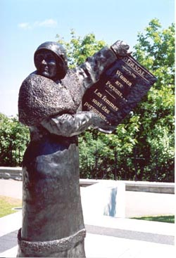 Nellie McClung statue