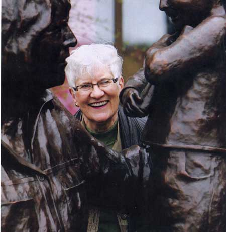 Barbara Paterson with Lois Hole statute